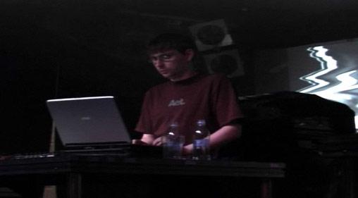 Sleeparchive video live at Bloc Weekender